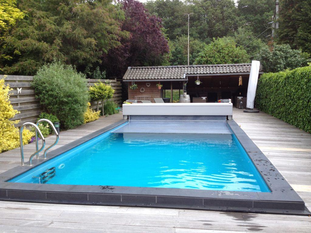Zwembad zomerklaar